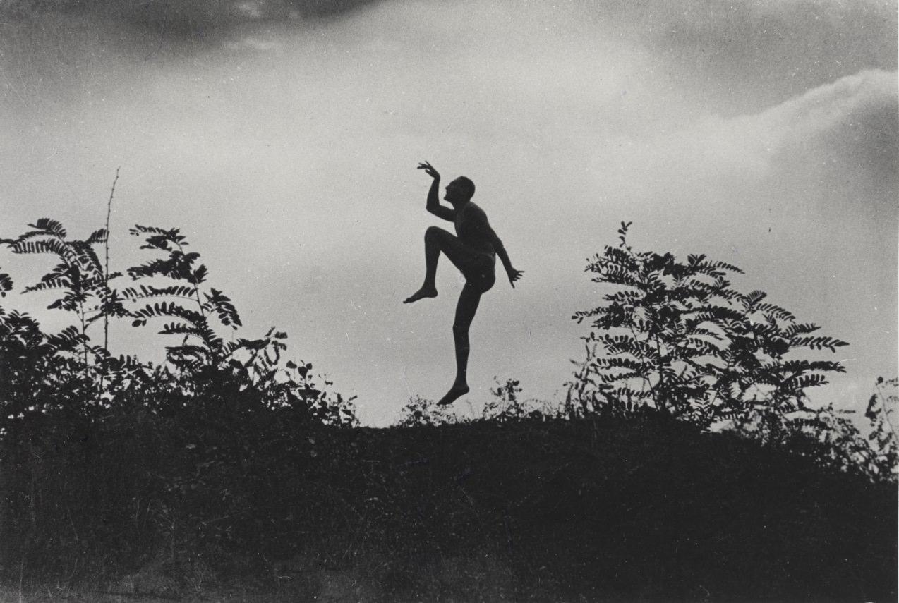"Szabadban táncoló férfi (Jenő öcsém), Dunaharaszti, Magyarország I The Dancing Faun (My brother as a ""Scherzo""), Dunaharaszti, Hungary 1919. június/1967 I June 1919/1967 | Courtesy André Kertész Memorial Museum, Szigetbecse, Hungary"