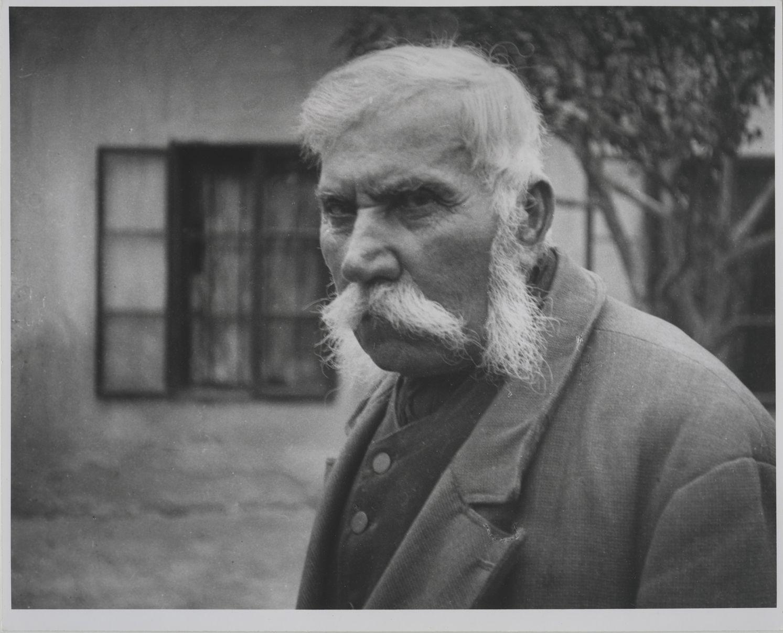 André Kertész: Szegi Pál bíró, Bátorkeszi, Magyarország | Small-town judge Pál Szegi, Bátorkeszi, Hungary, 1916/1970 © Courtesy André Kertész Memorial Museum, Szigetbecse, Hungary