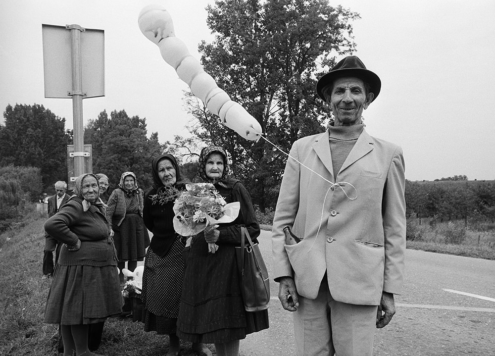 Baricz Kati: Búcsú, Máriakönnye, 1989