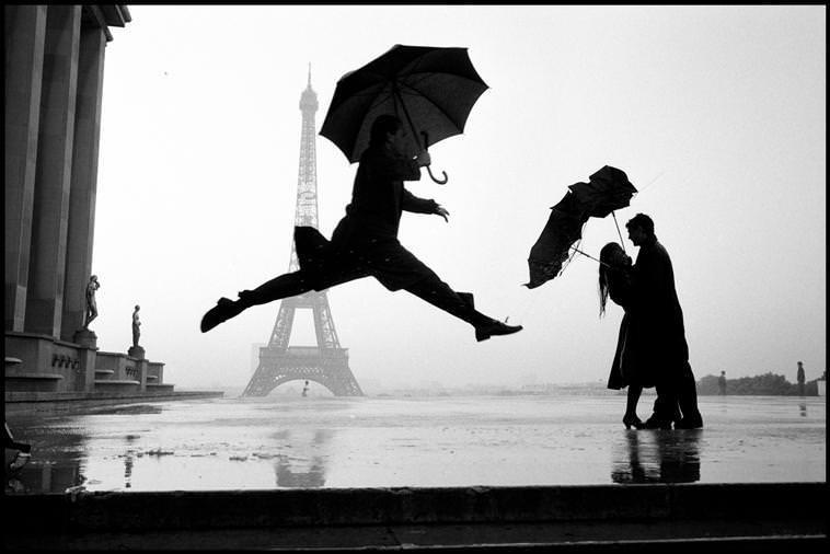 Az Eiffel-torony felépülésének 100. évfordulója, Párizs, Franciaország, 1989 © Elliott Erwitt / Magnum Photos
