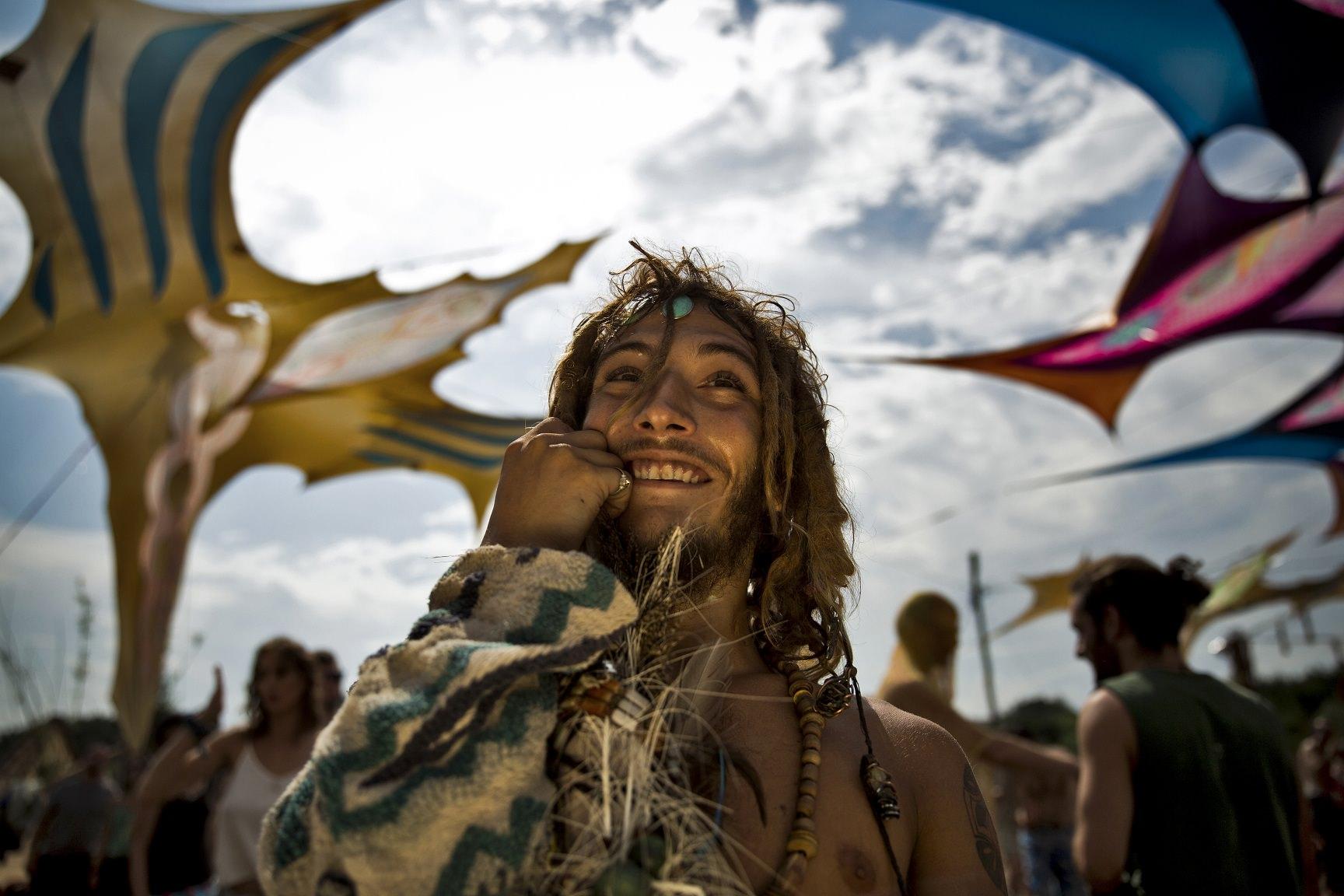 Ajpek Orsolya: Neohippi törzs járta táncát Nógrádban (részlet a sorozatból)