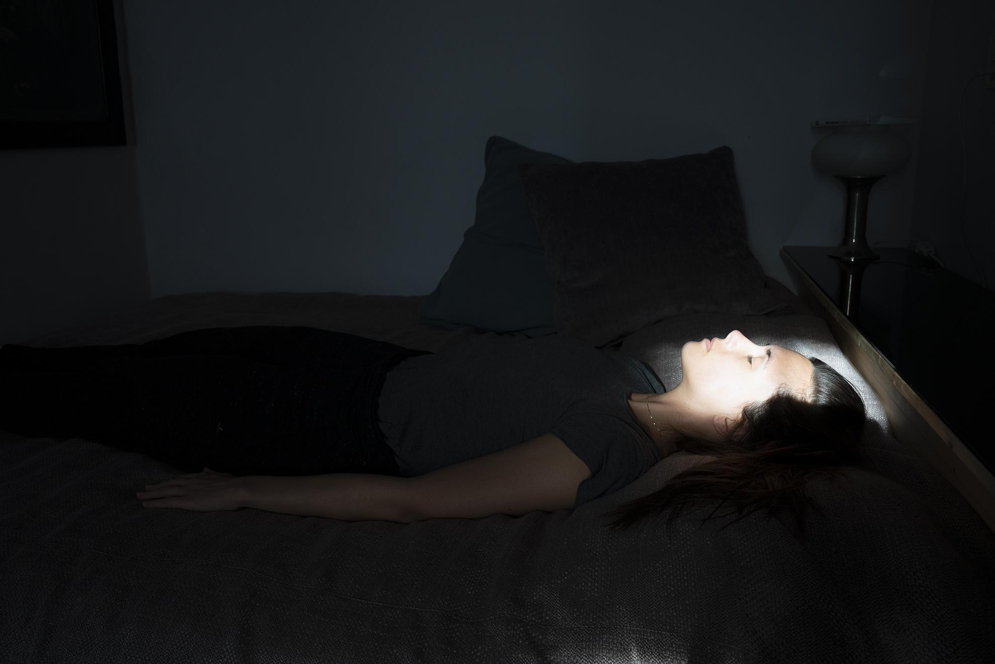 Hodosy Enikő: részlet az Elérhető fény című sorozatból, 2020, barryt, gyclée print 40x60 cm © Hodosy Enikő