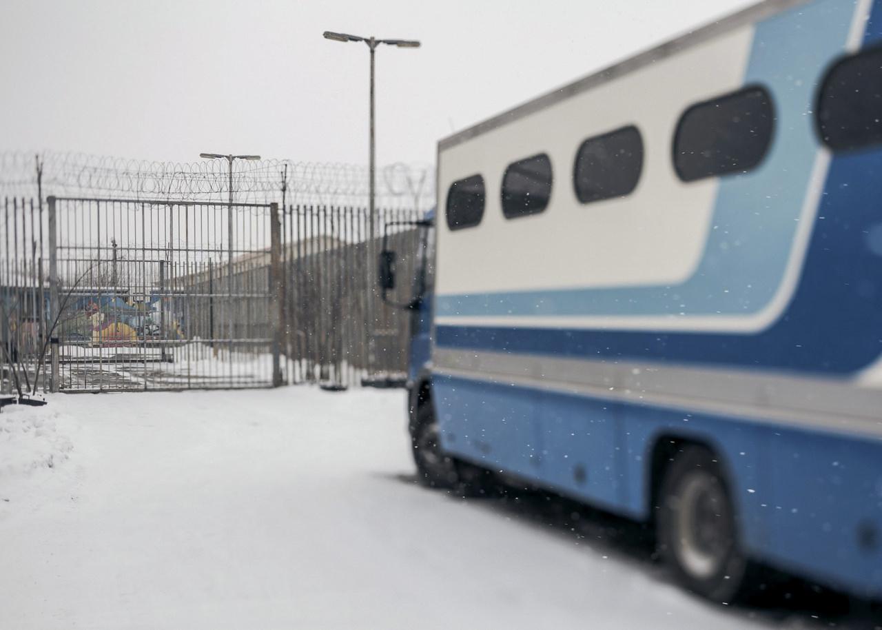 Hartyányi Norbert: Ártatlanul a rácsok mögött - Gyermekkel a börtönben (részlet a sorozatból)
