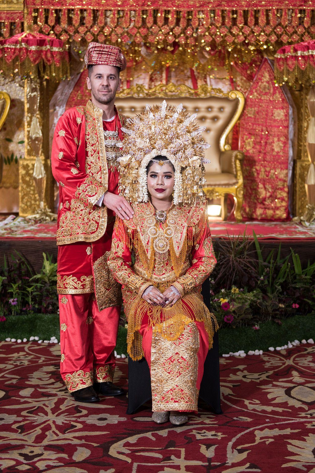 Polgár András: Minangkabau esküvőnk, 2019. január 6. | Our Minangkabau Wedding, January 6, 2019, Padang, Indonesia © Polgár András