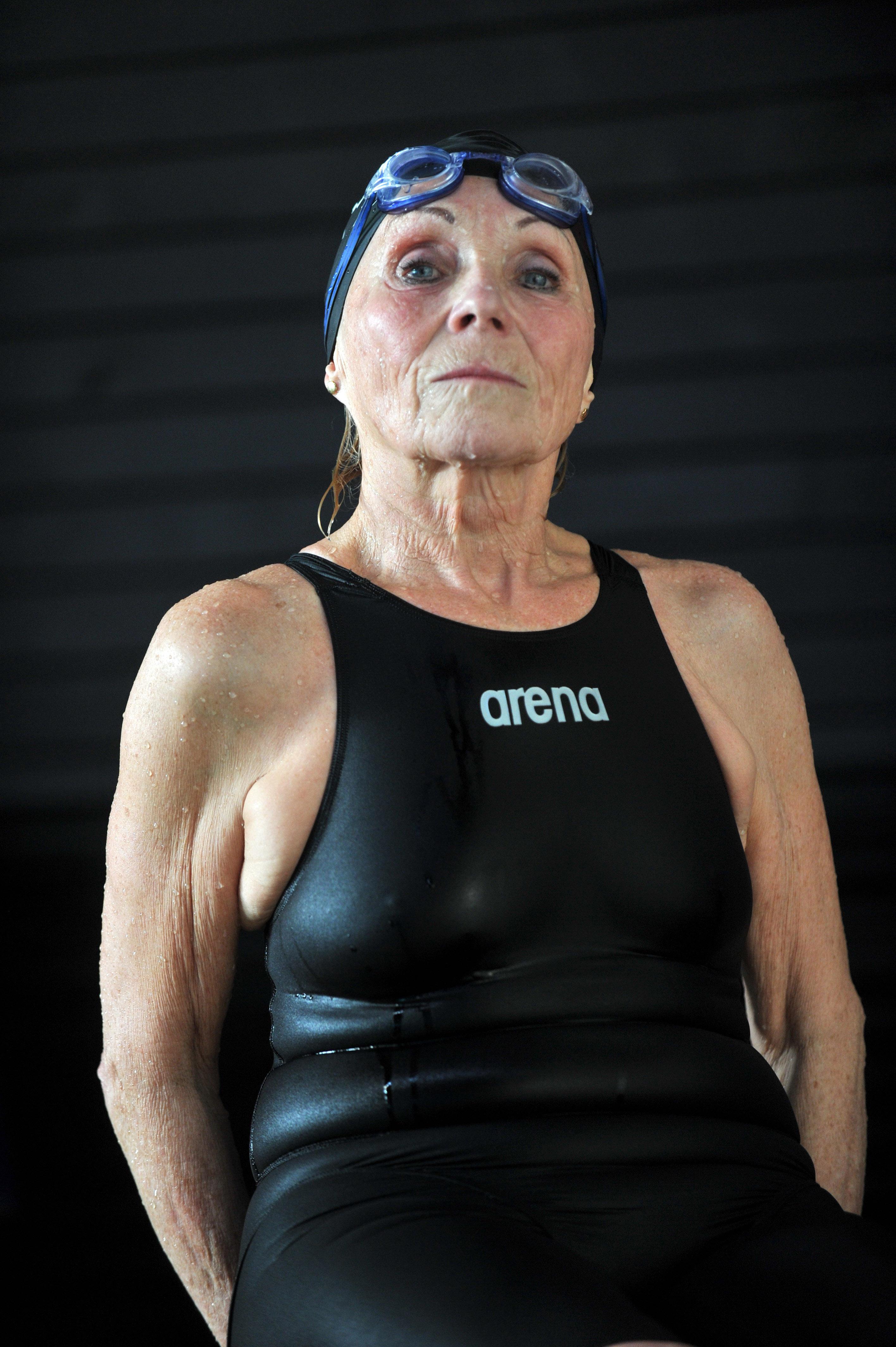 Darnay Katalin: Szenior úszók / Masters swimmers, 2010 © Darnay Katalin