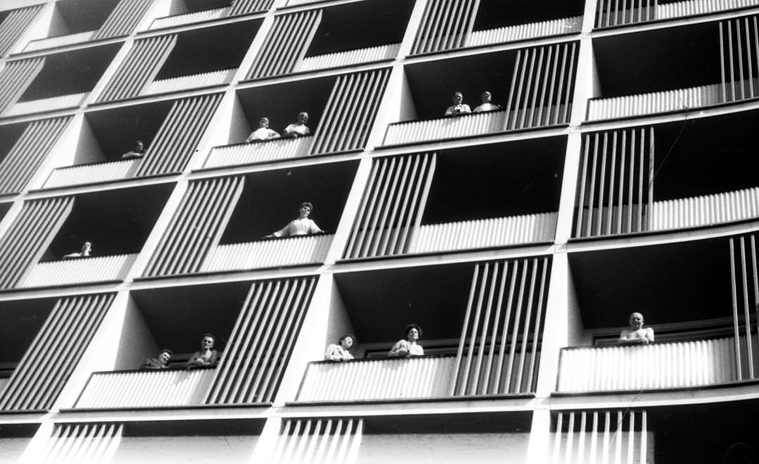 Urbán Tamás: SZOT Béke gyógyüdülő, Hajdúszoboszló, 1963 © Urbán Tamás/Fortepan